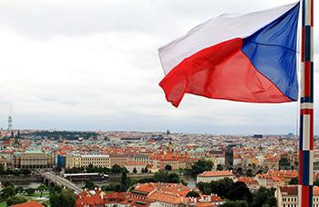 Чехия собирается вдвое увеличить количество разрешений на работу для украинцев