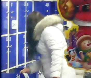 Супермаркет несет ответственность за сохранность вещей покупателей в камерах хранения