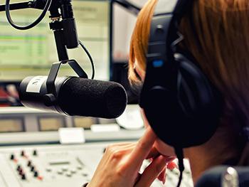 За недостаточное количество песен на украинском языке - штраф