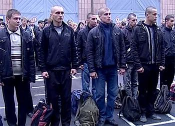 Возобновлен призыв в украинскую армию с 20 лет на 1,5 года