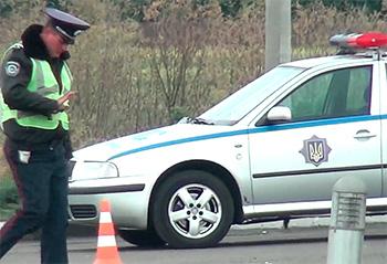 На украинских междугородних трассах с 12 июня появятся дорожные патрульные полицейские. «Засад в кустах» не будет