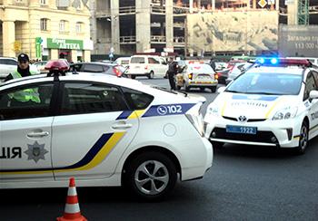 Размер зарплаты украинских полицейских в 2016 году