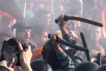 Правоохранителям Украины разрешено использовать дополнительные спецсредства
