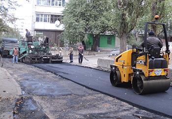 Для сохранения дорог в Украине вводятся ограничения движения для грузовиков в дневное время суток